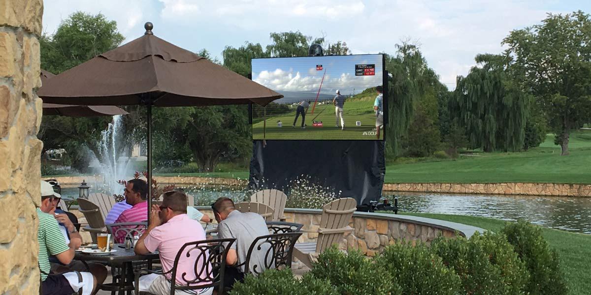 MAX XL LED Display at Country Club
